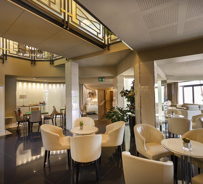 Park Hotel Imperial 5 stelle limone sul Garda - Loungue bar cocktails e relax